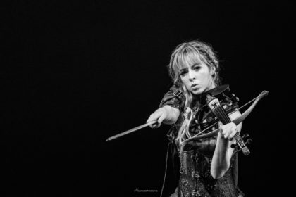 Lindsey Stirling – mit ihrer Artemis-Tour verzaubert sie Frankfurt